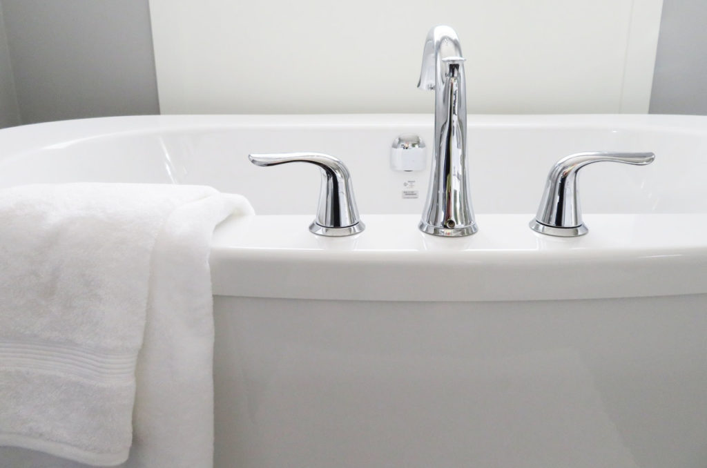 Home and Commercial Bathroom, sink, tub and tile cleaning, laundry, vacuuming, bed making